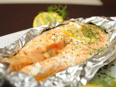 Блюдо из красной рыбы в духовке