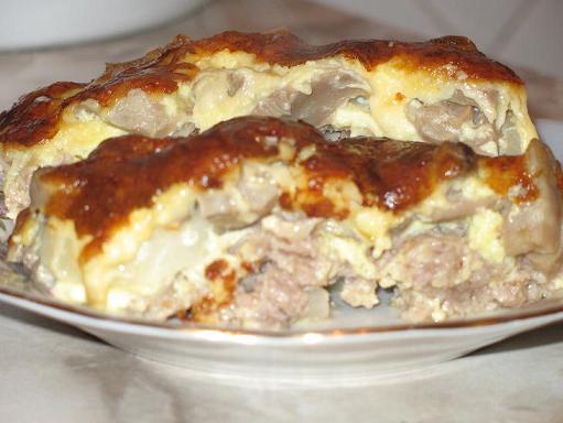 Мясные блюда с блинами