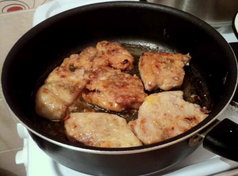 На каком мясе лучше варить борщ с