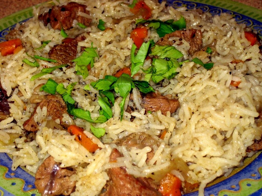 как приготовить рис с мясом в духовке