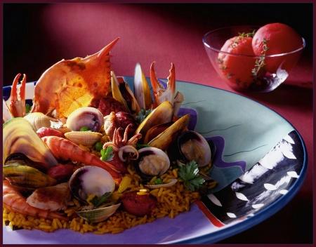 Валенсийская паэлья с морепродуктами