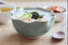 Рисовая каша с креветками по-корейски