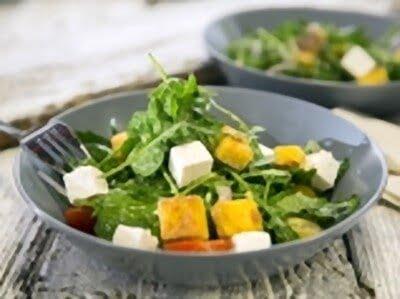 Салат с гренками с пошаговым фото