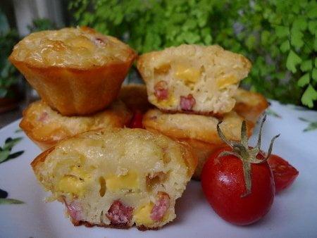 Маффины с сыром и колбасой рецепт.