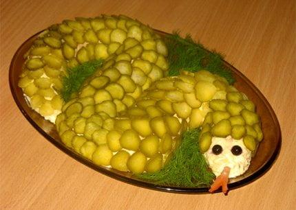 Новогодний рецепт: Салат «Змейка»