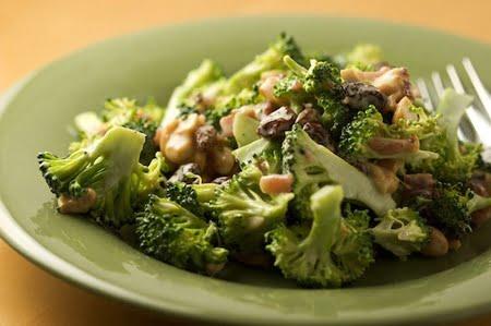 Готовим салат из брокколи