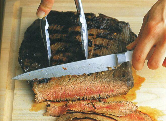 Рецепт: стейк из пашины в лаймовом маринаде