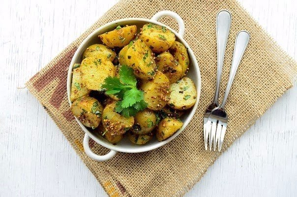 Картофель по-бомбейски (бомбей алу)