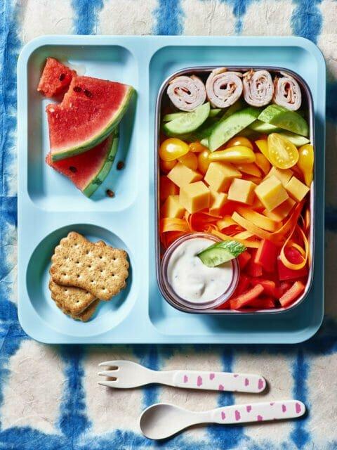 Удобный для ребенка салат для ланч бокса